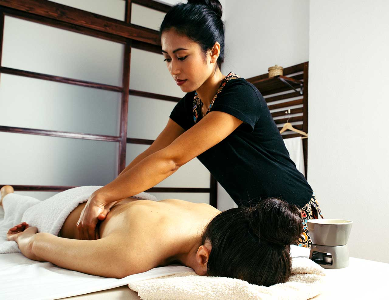 Oriental massage center in Madrid, Ayurveda massage