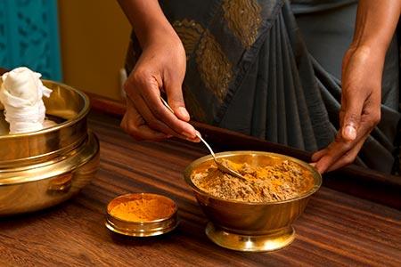La medicina ayurvédica es parte de la historia del masaje.