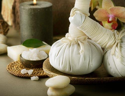 Pide una cita en el centro de masajes en Madrid y disfruta de las propiedades de los masajes orientales