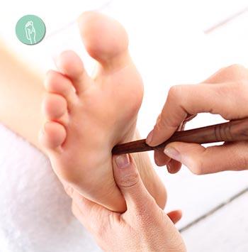 La reflexología podal oriental es una de las técnicas de masajes orientales de origen japonés.