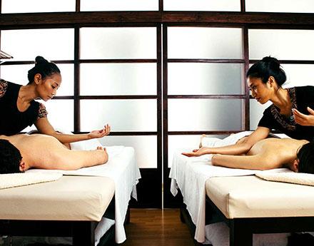 El masaje en pareja es una experiencia sensorial que estrecha vínculos.