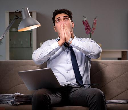 Meditación y espiritualidad son grandes remedios para el estrés laboral.